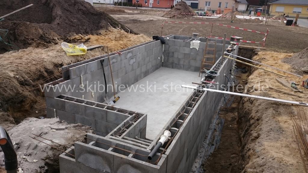 Bodenplatten Unterbau Für Pool
